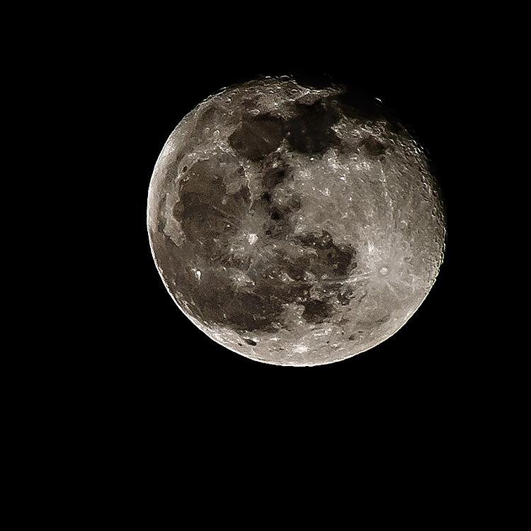 Full moon-64