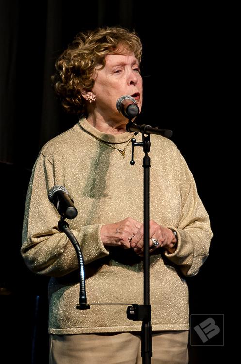 Margaret Kerry (Helen Scoby)